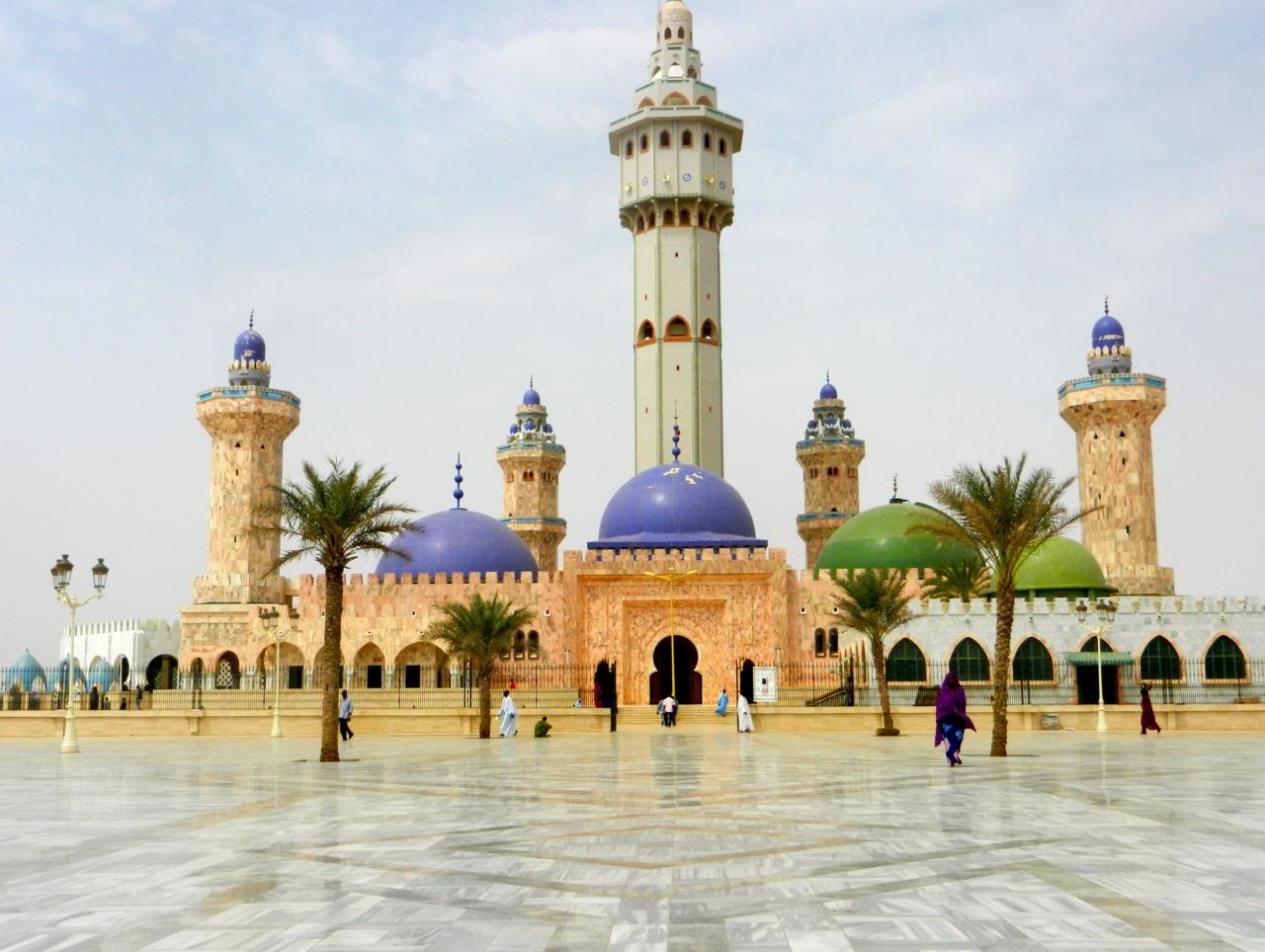 MAGAL TOUBA:                         A la découverte de la Grande mosquée de Touba