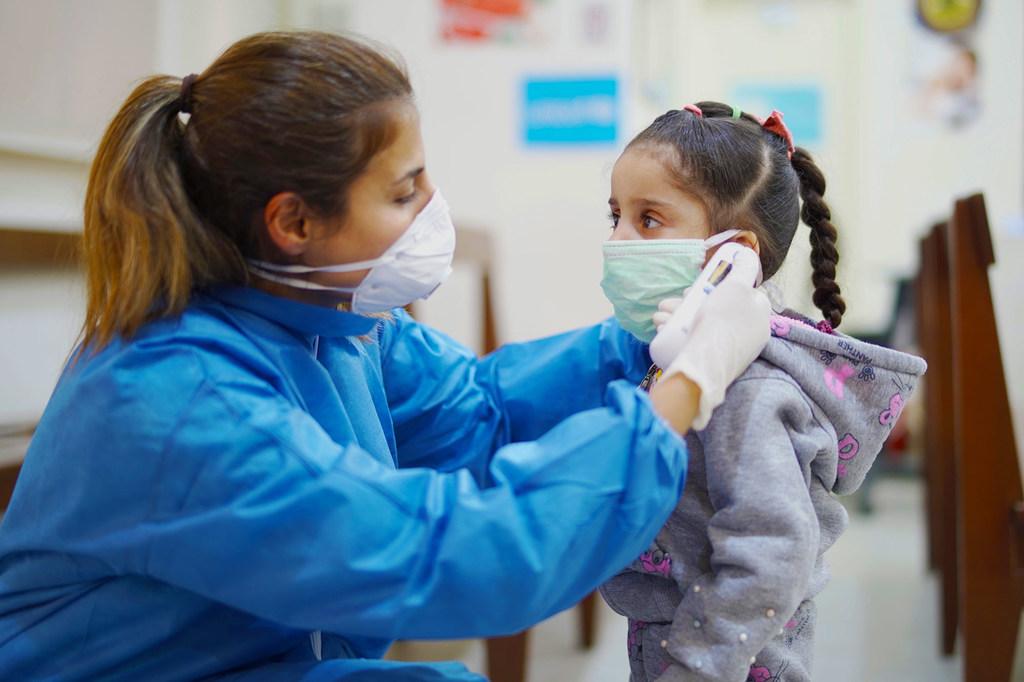 La récession mondiale due au Covid-19 pourrait causer des centaines de milliers de décès d'enfants en plus